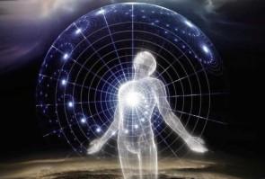 origini-dell-uomo-creazionismo-evoluzionismo-disegno-intelligente-essere-universo