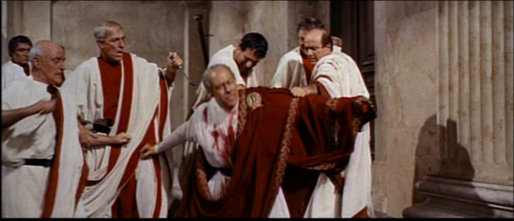 1963_Cleopatra_trailer_screenshot_(47)