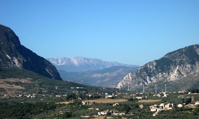 """Le """"Gole di Popoli"""" dove il Parco Nazionale del Gran Sasso tocca quello della Maiella"""