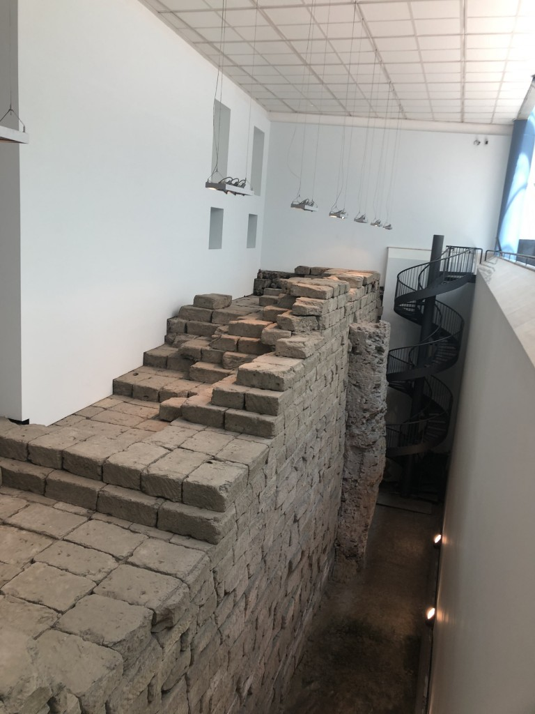 Porzione di muro di fondamenta del Tempio di Giove Capitolino