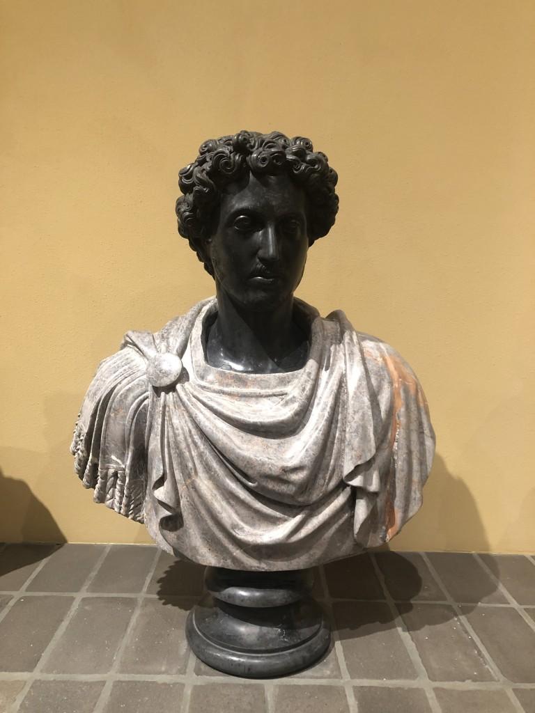 Busto di Lucio Vero