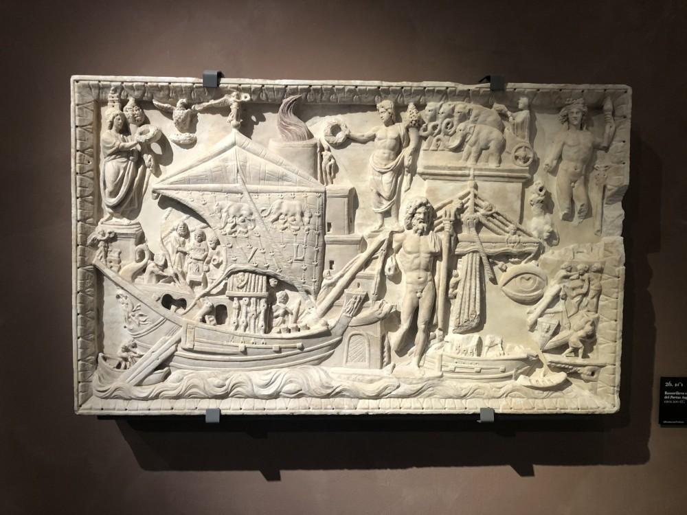 Bassorilievo con veduta di Portus Augusti