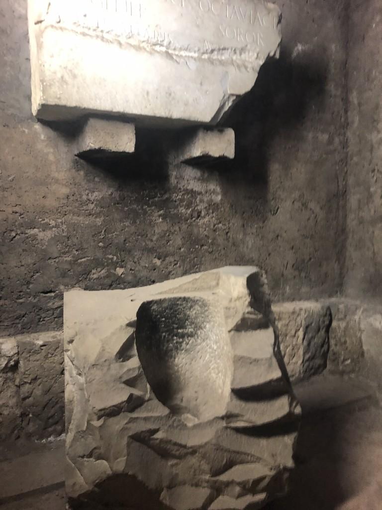 L'altare di Ottavia servito come misura per il grano nel Medioevo